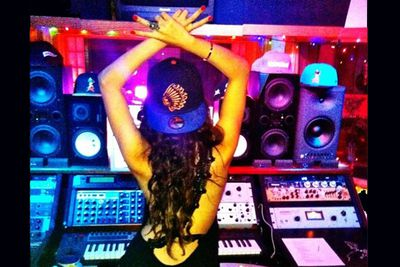 Minus her band The Scene, Selena teamed up with producers Rock Mafia in early 2013 to record a new album. From all reports she drew from her personal life for inspiration. Watch out Justin! <br/>