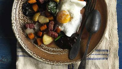 "<a href=""http://kitchen.nine.com.au/2016/05/17/10/30/bubble-and-squeak-with-poached-eggs"" target=""_top"">Bubble and squeak with poached eggs</a> - The Wind in the Willows"