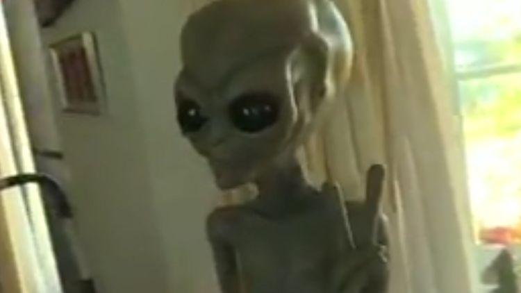 iy6rcmumlp3snm https www 9news com au world alien like monolith found in utah desert during wildlife assignment 05433e5a 2b6e 47e5 be7d 57540fb145fc