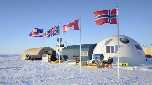 A base camp for submarine sea ice exercises in the Beaufort Sea off Alaska's north coast. (AAP)