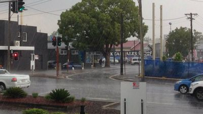The rain falling in Toowoomba just after 3pm. (Twitter/Kieran2E)