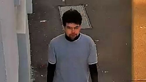 Police believe this man may be able to help them with their enquiries. (NSW Police)