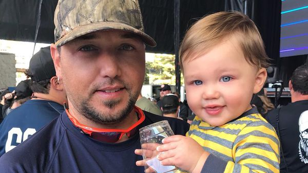 Country singer questions his son playing with dolls