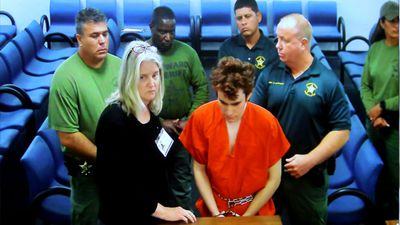 Parkland school shooting suspect 'attacks prison guard'