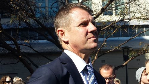 'Politics can be brutal': NSW Premier Mike Baird posts Facebook tribute after Tony Abbott axed