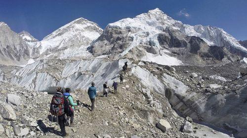 190523 Mt Everest Nepal climber traffic jam weather conditions News World