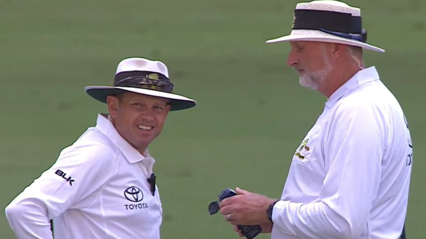 'I just don't get it': Allan Border, Andrew Symonds left confused by umpiring call in Sheffield Shield final