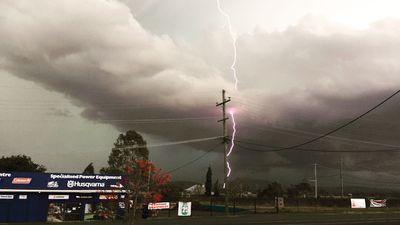A storm cell west of Beaudesert. (Donna Simpson)