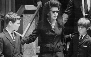 Jean Kennedy Smith, last surviving sibling of JFK, dies at 92