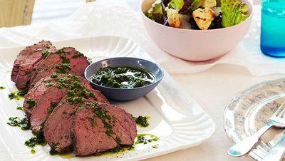 "<a href=""http://kitchen.nine.com.au/2016/05/16/14/16/rare-roast-beef-with-anchovies-garlic-and-rocket-salsa-verde"" target=""_top"">Rare roast beef with anchovies, garlic and rocket salsa verde</a>"
