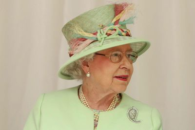 Queen Elizabeth's Palm-leaf brooch