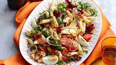 "<a href=""http://kitchen.nine.com.au/2016/05/05/16/27/caesar-pasta-salad"" target=""_top"">Caesar pasta salad</a>"