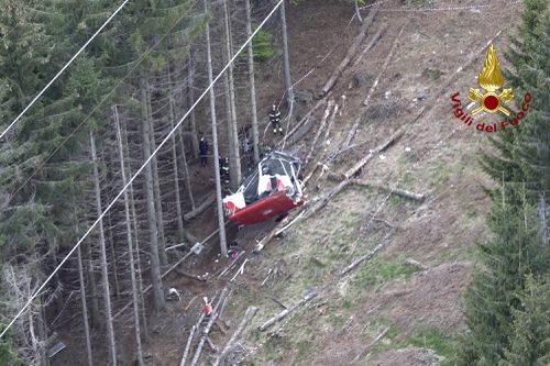 Three arrested over Italian cable auto  disaster