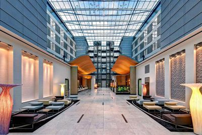 <strong>10. Hilton Frankfurt Airport</strong>