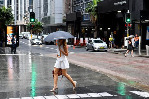 Although Australia can expect a warmer than average summer, there will be rain and it might even reach drought-stricken areas.