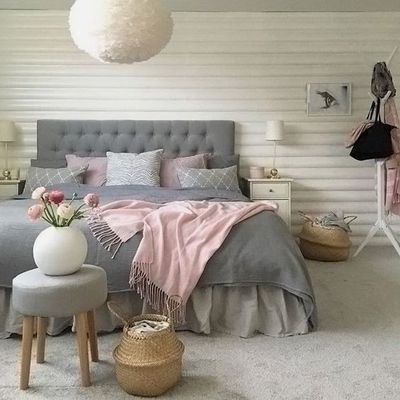 Using grey and pink exclusively