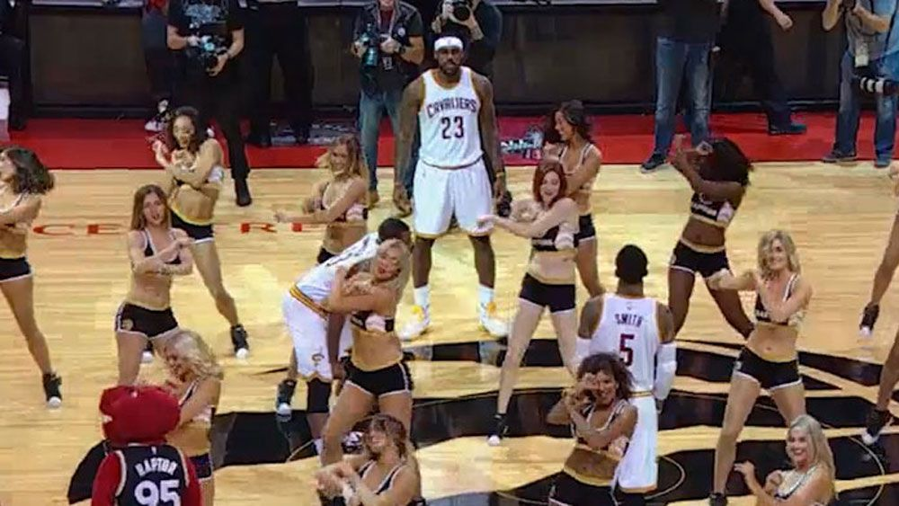 LeBron James, Cavaliers trapped by cheerleaders
