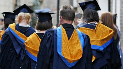 <p><strong>LOSER: Uni graduates living overseas</strong></p><p>Graduates with HELP debts living overseas will now be required to repay their loans while abroad. (AAP)</p>