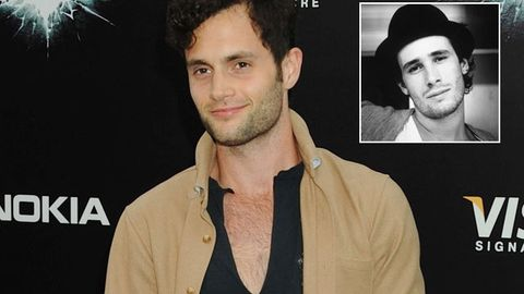 Video: <i>Gossip Girl's</i> Penn Badgley covers Jeff Buckley live after playing him in biopic