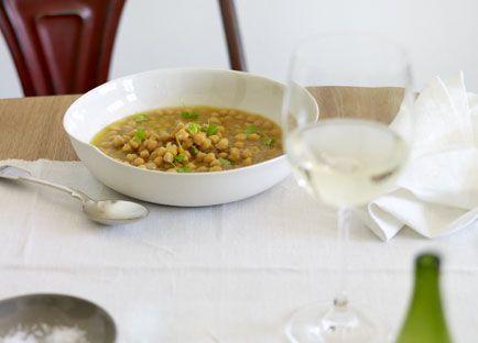 Eugenio Maiale: Zuppa di cece sedano (chickpea and celery soup)