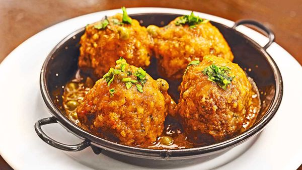 Meatballs with peas recipe