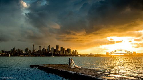 Photographer finds newlyweds he accidentally snapped in breathtaking pic