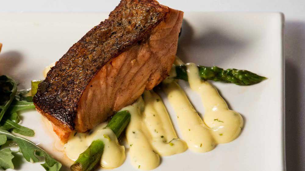 Shahrouk's salmon with creamy herb sauce