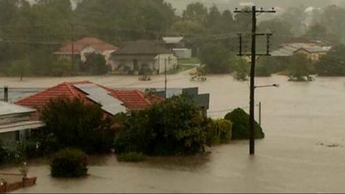 Streets and houses flooded in Dungog. (Higgins Storm Chasing)