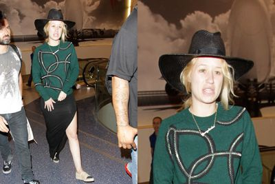 We couldn't help but notice that Iggy hasn't been looking her normal self lately. <br/><br/>The regular glamazon looked positively normal (gasp!) as she walked through LAX recently. <br/>