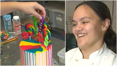 High school student raking in $1k a month from cake business