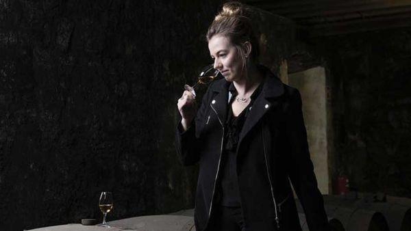 Whisky blending at William Grant and Sons / Balvenie Instragram