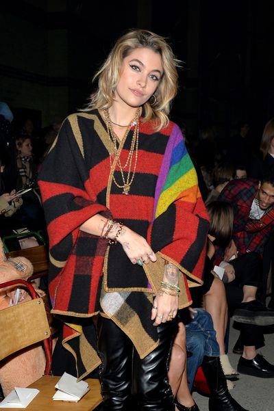 Paris Jackson at Burberry A/W '18, London Fashion Week