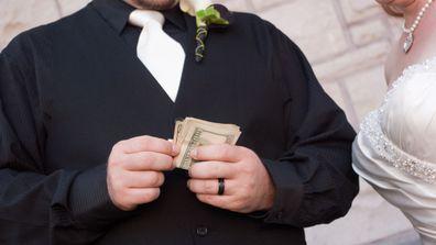 2 Groom bride money wedding