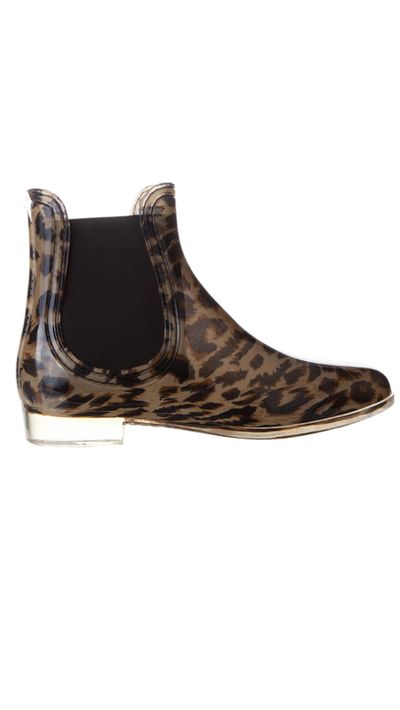 "<a href=""http://www.theiconic.com.au/Rome-180108.html""> Rome gumboots, $49.95, Spurr Basics</a>"