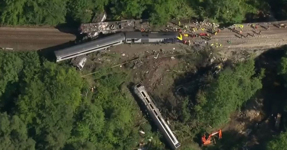 Queen expresses 'great sadness' after train derails and kills three close to her Scottish home – 9News
