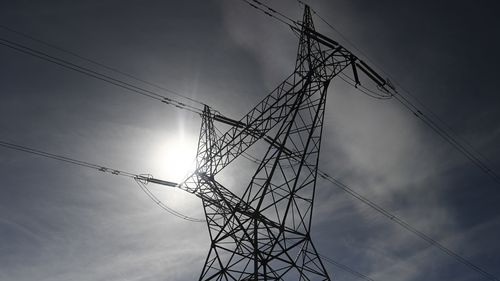 Power bills drop as energy giants threatened with 'big stick' laws