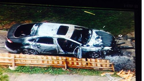 Car explodes in Melbourne driveway