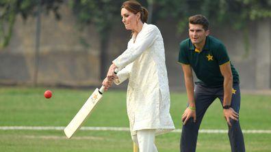 Kate Middleton cricket 4