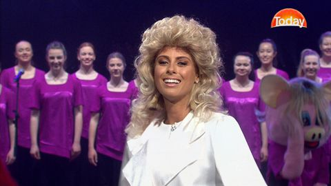 TODAY's Sylvia Jeffreys performs 'Total Eclipse of the Heart'