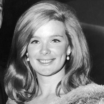 Linda Evans, 1964