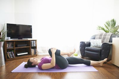 <strong>Knee-to-chest glute stretch</strong>