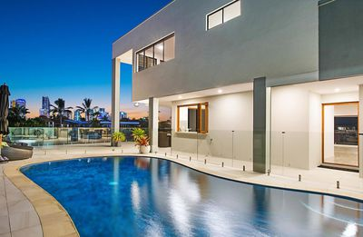 <strong>Broadbeach Waters<br /> $3,500,000</strong>