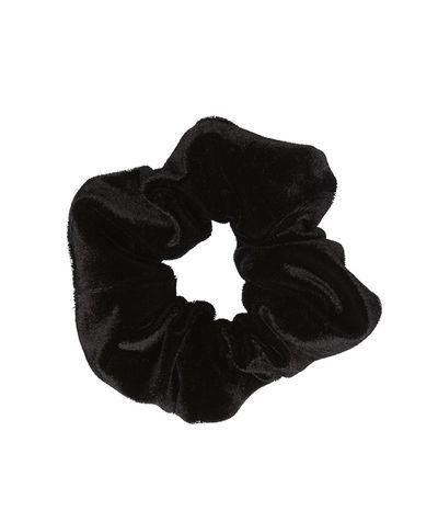 "<a href=""https://www.sportsgirl.com.au/accessories/hair/black-velvet-scrunchie-black-all"" target=""_blank"" draggable=""false"">Sportsgirl Black Velvet Scrunchie, $7.95</a>"