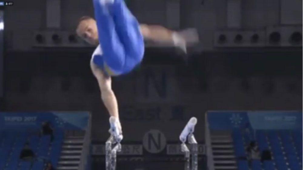 Ukrainian gymnast suffers mishap on parallel bars