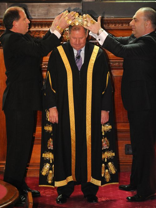 Robert Doyle being sworn in as the 103rd Lord Mayor of Melbourne. (AAP)