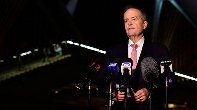 Bill Shorten speaks outside the Sydney Opera House after the death of Bob Hawke.