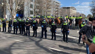 Police create road blocks