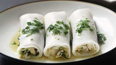 "<strong><a href=""http://kitchen.nine.com.au/2016/05/19/19/48/lobster-and-rice-noodle-rolls-with-green-onion-oil"" target=""_top"">Lobster and rice noodle rolls with green onion oil</a>&nbsp;recipe</strong>"