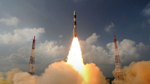 The Mangalyaan Mars probe rocket launches. (AAP)