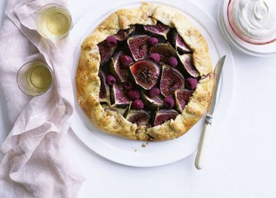 "<a href=""http://kitchen.nine.com.au/2016/05/17/13/25/fig-and-raspberry-crostata"" target=""_top"">Fig and raspberry crostata</a>"